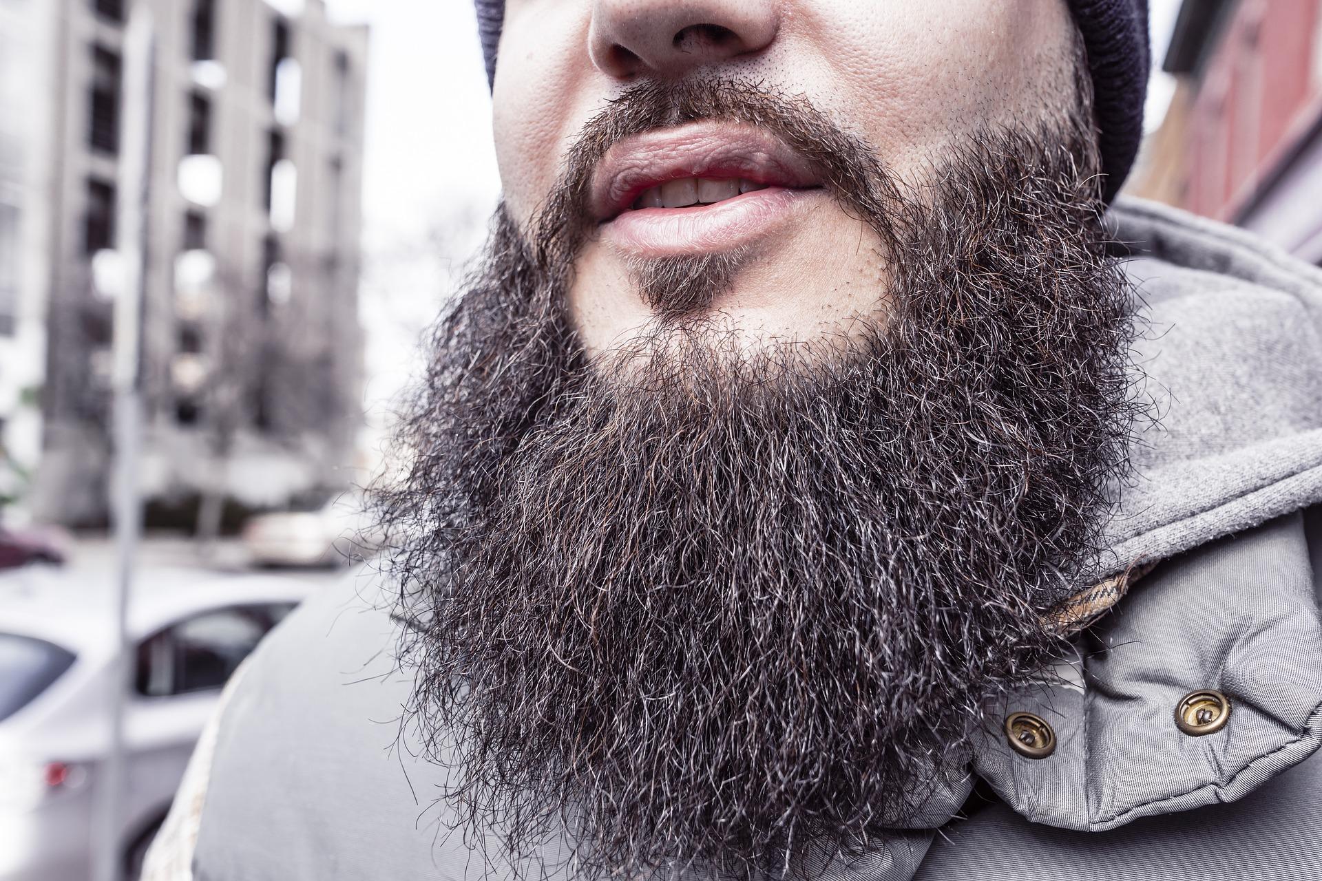 Jetzt endlich den  Bartwuchs anregen und beschleunigen